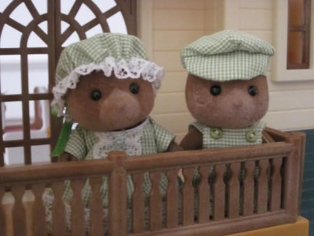 sylvanian bears on balcony